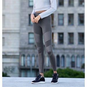 ALO Yoga Moto Legging in Anthracite size Small